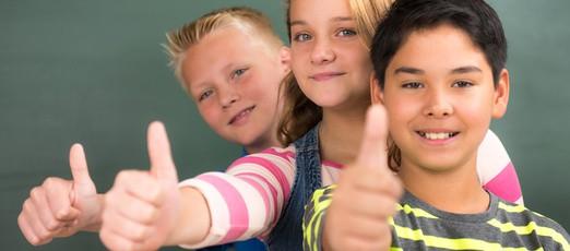 Kinder lernen Niederländisch